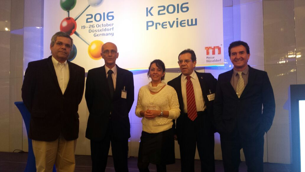 "Jornal de Plásticos na ""K 2016 Preview"""