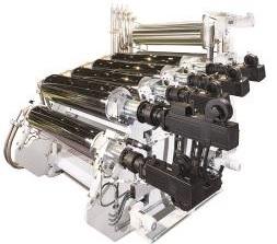 Calandra Multi-Touch na versão XXL mostrada na feira K2016 – esse modelo atinge rendimentos de até 3.300 kg/h (PET)